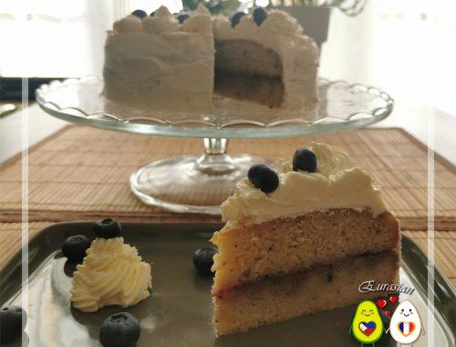 Gâteau génoise vanille, cerise et myrtilles | cétogene