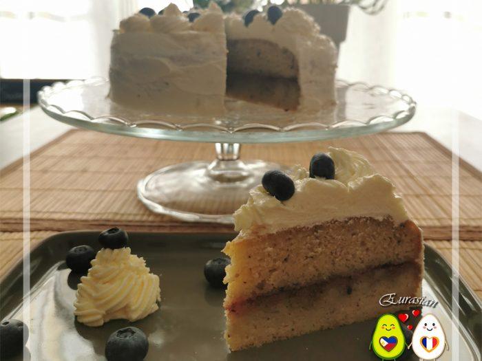 Gâteau génoise vanille, cerise et myrtilles   cétogene